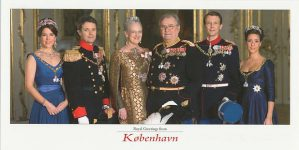 (345) The Royal Family, 2009 (large card 21 x 10,5 cm)