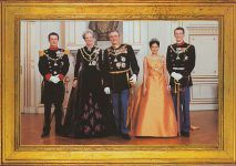 (390) The Royal Family, 1997