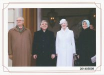 (543) Margrethe & Henrik, state vist from Turkey, March 2014 (18 x 13 cm)