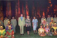 (12) Statevisit to Thailand, 2004