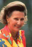 (119) Queen Sonja, 1993 (15 x 10 cm)