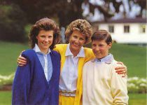 (153) Sonja & children, 1987 (15 x 10 cm)