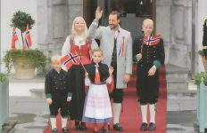 (425) Mette-Marit & Haakon with children, 17th May 2012