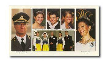 (458) The Royal Family (large postcard 24 x 13,5 cm)