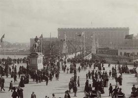(588) The royal Palace at King Oscar II's anniversary, 1897 (modern large card 21 x 15 cm)