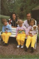 (914) The Royal Family, ca. 1985