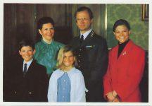 (964) The Royal Family