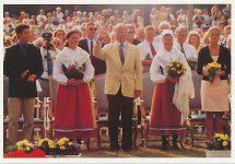 (972) The Royal Family