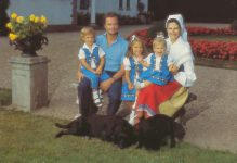 (997) The Royal Family (21 x 14,5 cm)