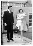 (3) Alexandra & Angus with baby (The central Press photos, 16 x 11,5 cm)