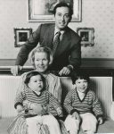 (14) Christina & Jorge with sons (Benelux Press - 24 x 20 cm)