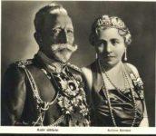 (236) Hermine & Wilhelm