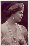 (9) Queen Maria