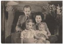 (17) Franz Joseph, Gina & 2 children (Quick, Vaduz no. 533)