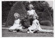 (39) Princesses Margaretha, Birgitta & Desireé, 1942 (Nilsson-Foto, 12,5 x 9 cm)