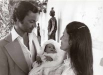 (71) Silvia & Carl Gustaf with newborn Victoria, 1977 (press photo Reportagebild, 18 x 13