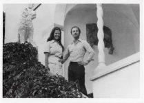 (65) Silvia & Carl Gustaf, Solliden 1976 (Nilsson-Foto, 12,5 x 9 cm)