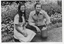 (61) Silvia & Carl Gustaf, Solliden 1976 (Nilsson-Foto, 12,5 x 9 cm)