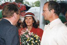 (99) Silvia & Carl Gustaf, 1995 (15 x 10 cm)