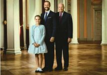 (473) 3 generations of Norwegian Royal Family at the Palace, 2016