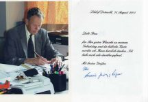 (383) Thank you card/photo from Prince Armin of Lippe, 2001 with original signature on the back